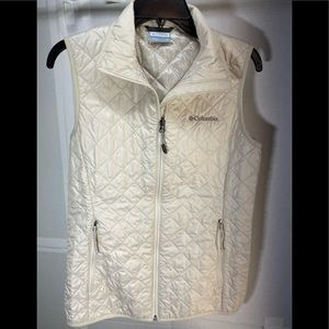 Columbia Womens quilted Vest Size S